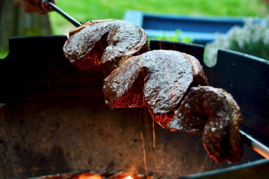 Picanha grillen spießen aufschneiden Anleitung Rezept