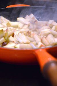 Gekochter Bratapfel - Kuchen im Glas