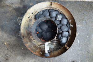 Minion Ring - Briketts für BBQ-Gerichte legen