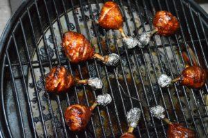 Chicken Lollies vom Landmann Pellet Kettle