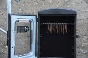Beef Jerky im Landmann Gas-Räucherofen 14101