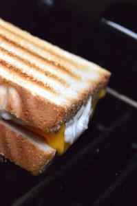 Rezept für Grilled Cheese auf dem Gasgrill