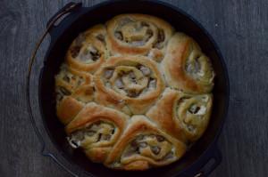 Birne-Zimt-Schnecken Rezept mit Birnen-Icing